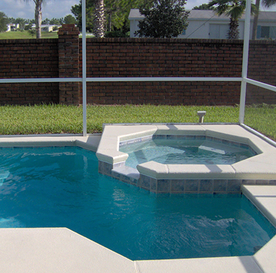 Piscinas y spa for Jacuzzi piscina exterior